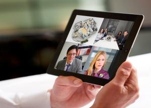 VidyoinAction_VidyoMobile_iPad2_closewithhands_HR